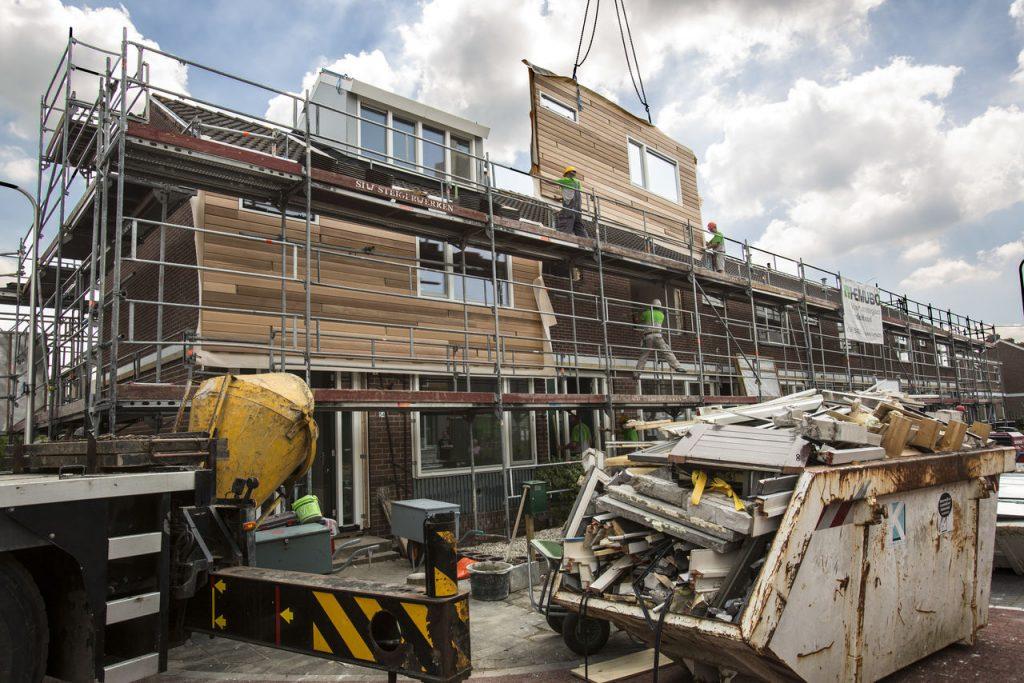 """renovación """"sostenible"""" de viviendas existentes. Fotos: Ipo.nl y TU Delft."""