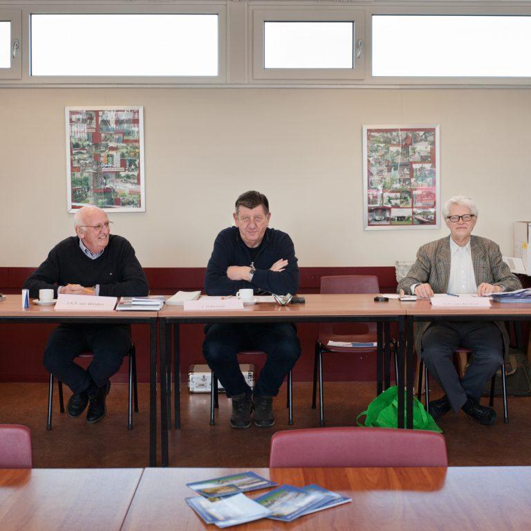los tres miembros de una mesa electoral, todos voluntarios © Fernández Solla Fotografie