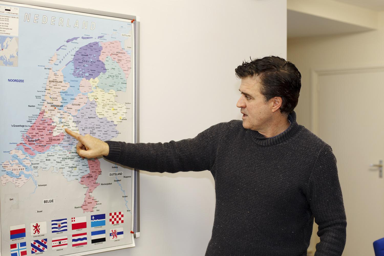 Alce Consulado Paises Bajos